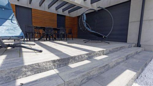 schody z bloków betonowych