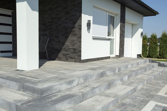 Schody zewnętrzne oraz alternatywna naturalnego kamienia