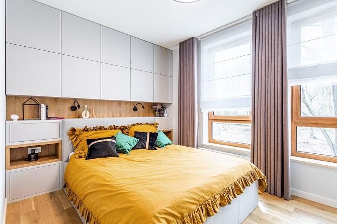 sypialnia z dębowymi dodatkami